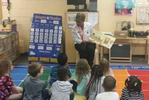 APG GSMs Reading To Children (2)