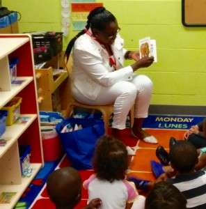 APG GSMs Reading To Children (4)